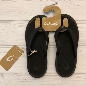 New OluKai Ohana Waterproof Sandals ~ Black